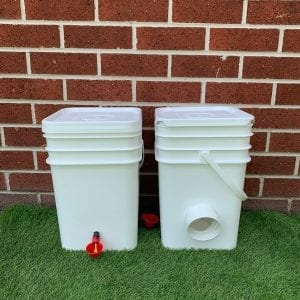 Feeder and Waterer Maxi Pack
